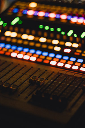 Masterización profesional Mesa de mezclas musica